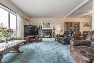 Photo 2: 8685 BAKER Drive in Chilliwack: Chilliwack E Young-Yale House for sale : MLS®# R2304512