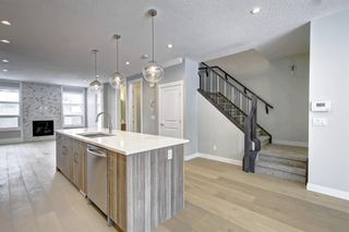 Photo 7: 632 17 Avenue NW in Calgary: Mount Pleasant Semi Detached for sale : MLS®# A1058281