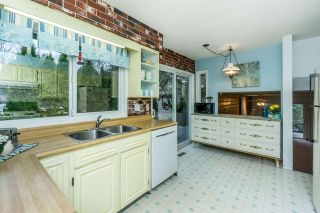 """Photo 11: 4965 198B Street in Langley: Langley City House for sale in """"Mason Heights"""" : MLS®# R2245663"""