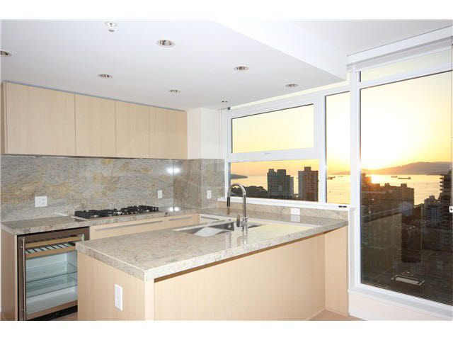 Main Photo: 2801 1351 CONTINENTAL STREET in : Downtown VW Condo for sale : MLS®# V1064363