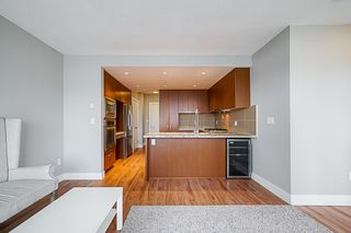 """Photo 11: 2507 1155 THE HIGH Street in Coquitlam: North Coquitlam Condo for sale in """"M1"""" : MLS®# R2341233"""
