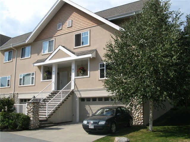 """Main Photo: 11 1200 EDGEWATER Drive in Squamish: Northyards Townhouse for sale in """"EDGEWATER"""" : MLS®# V1081846"""