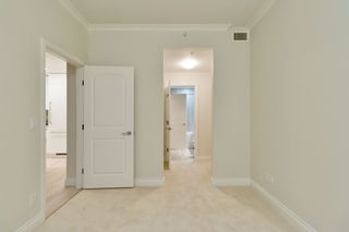 """Photo 18: 602 175 VICTORY SHIP Way in North Vancouver: Lower Lonsdale Condo for sale in """"CASCADE AT THE PIER"""" : MLS®# R2498097"""