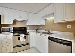 """Photo 11: 2005 719 PRINCESS Street in New Westminster: Uptown NW Condo for sale in """"Stirling Place"""" : MLS®# V1109725"""