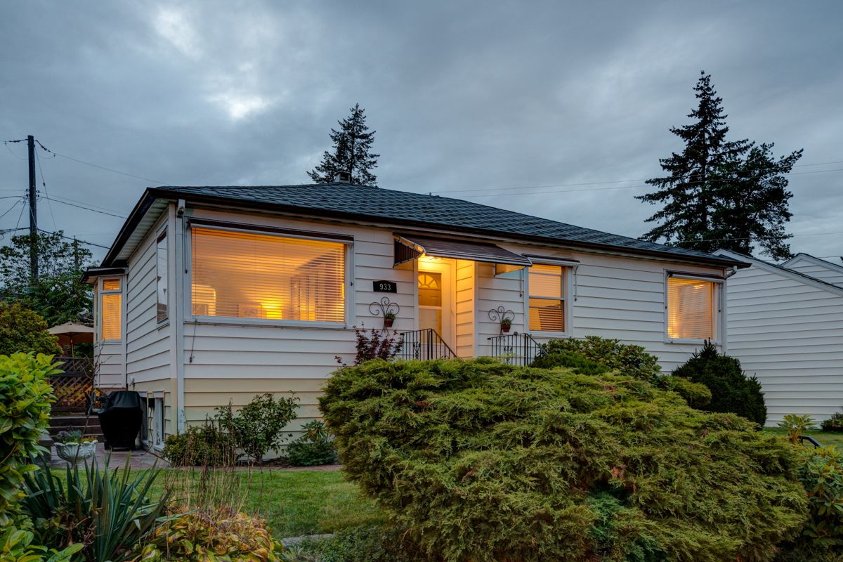 "Photo 60: Photos: 933 LAUREL Street in New Westminster: The Heights NW House for sale in ""The Heights"" : MLS®# R2308868"