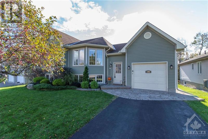 FEATURED LISTING: 196 HAROLD STREET Smiths Falls
