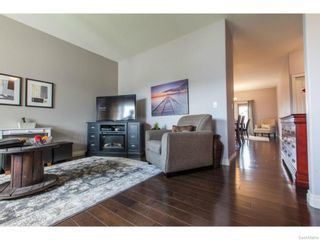 Photo 6: 606 Redwood Crescent in Warman: Residential for sale : MLS®# SK612663