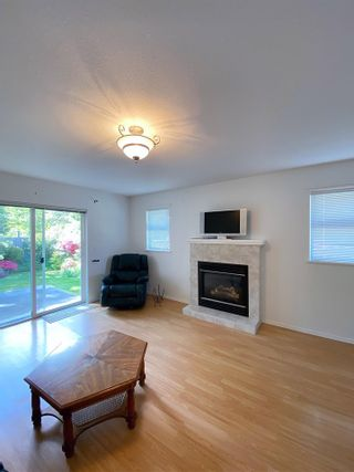 Photo 7: 17 535 SHAW Road in Gibsons: Gibsons & Area 1/2 Duplex for sale (Sunshine Coast)  : MLS®# R2579843