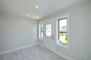 Photo 10: 870 E 58TH Avenue in Vancouver: South Vancouver 1/2 Duplex for sale (Vancouver East)  : MLS®# R2443713