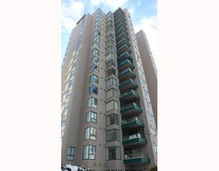 """Photo 1: 603 420 CARNARVON Street in New_Westminster: Downtown NW Condo for sale in """"CARNARVON PLACE"""" (New Westminster)  : MLS®# V685610"""