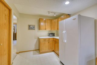 Photo 41: 20A Woodmeadow Close SW in Calgary: Woodlands Row/Townhouse for sale : MLS®# A1127050
