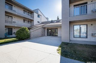 Photo 2: 211 203 Tait Place in Saskatoon: Wildwood Residential for sale : MLS®# SK874010