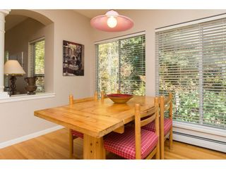 """Photo 10: 15022 SEMIAHMOO Place in Surrey: Sunnyside Park Surrey House for sale in """"Semiahmoo Wynd"""" (South Surrey White Rock)  : MLS®# R2115497"""