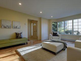 Photo 4: 1423 Yale St in : OB South Oak Bay Row/Townhouse for sale (Oak Bay)  : MLS®# 878485