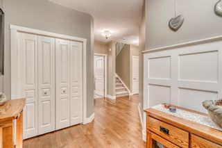Photo 4: 56 Sherwood Crescent NW in Calgary: Sherwood Detached for sale : MLS®# A1150065