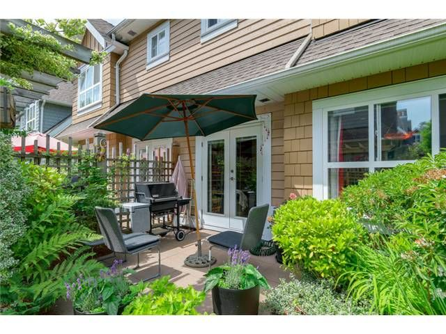 """Photo 13: Photos: 25 2688 MOUNTAIN Highway in North Vancouver: Westlynn Townhouse for sale in """"CRAFTSMAN ESTATES"""" : MLS®# V1073311"""