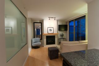 "Photo 9: 2107 989 RICHARDS Street in Vancouver: Downtown VW Condo for sale in ""MONDRIAN"" (Vancouver West)  : MLS®# V846027"
