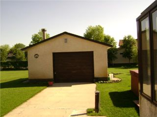 Photo 3: 10 CLAYMORE Place in WINNIPEG: Birdshill Area Residential for sale (North East Winnipeg)  : MLS®# 1011927