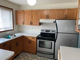 Photo 2: 78 Sumter Crescent in Winnipeg: Garden Grove Residential for sale (4K)  : MLS®# 202008763