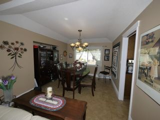 """Photo 5: 4140 GOODCHILD Street in Abbotsford: Abbotsford East House for sale in """"Hollyhock"""" : MLS®# R2587855"""