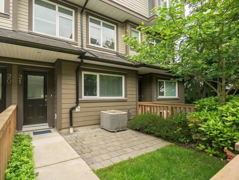 """Main Photo: 21 4099 NO. 4 Road in Richmond: West Cambie Townhouse for sale in """"Clifton"""" : MLS®# R2599692"""