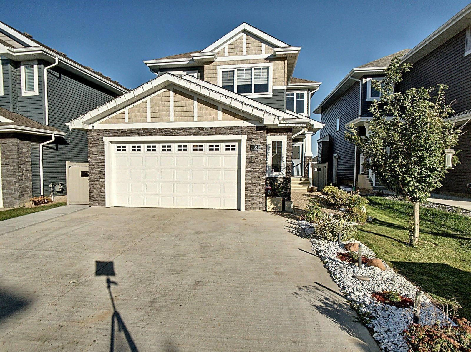 Main Photo: 3668 HUMMINGBIRD Way in Edmonton: Zone 59 House for sale : MLS®# E4262451