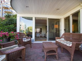 """Photo 18: 1511 MARINER Walk in Vancouver: False Creek Townhouse for sale in """"THE LAGOONS"""" (Vancouver West)  : MLS®# V1076044"""