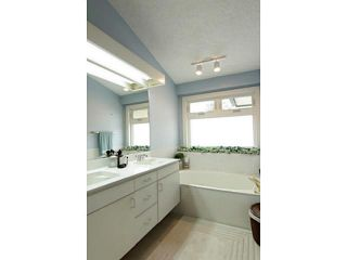 Photo 10: 34 SUNHAVEN Place SE in CALGARY: Sundance Residential Detached Single Family for sale (Calgary)  : MLS®# C3563801