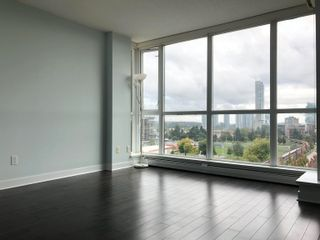 """Photo 3: 1403 10777 UNIVERSITY Drive in Surrey: Whalley Condo for sale in """"CITY POINT"""" (North Surrey)  : MLS®# R2622081"""