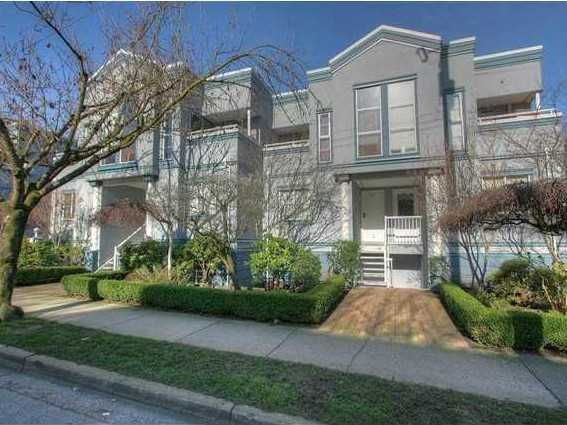 """Main Photo: # 6 877 W 7TH AV in Vancouver: Fairview VW Townhouse for sale in """"EMERALD COURT"""" (Vancouver West)  : MLS®# V1028020"""