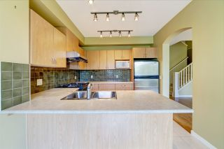 Photo 10: 51 2978 WHISPER WAY in Coquitlam: Westwood Plateau Townhouse for sale : MLS®# R2473168