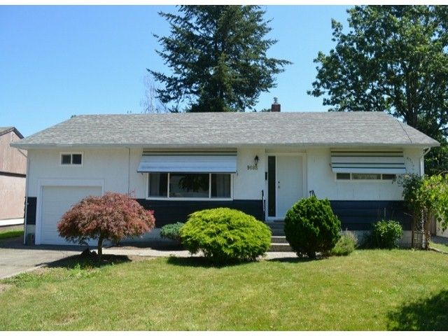 Main Photo: 9688 MAURICE Street in Chilliwack: Chilliwack N Yale-Well House for sale : MLS®# H1403218