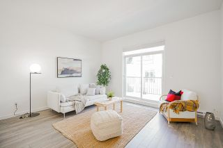 """Photo 10: 69 16678 25 Avenue in White Rock: Grandview Surrey Townhouse for sale in """"FREESTYLE by Dawson +Sawyer"""" (South Surrey White Rock)  : MLS®# R2598061"""