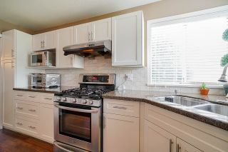 """Photo 13: 12385 63A Avenue in Surrey: Panorama Ridge House for sale in """"BOUNDARY PARK"""" : MLS®# R2465233"""