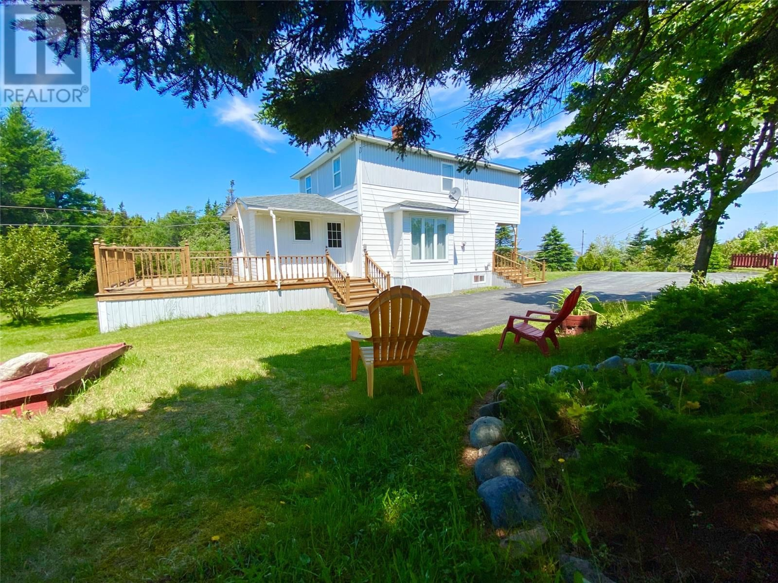 Main Photo: 5 Little Harbour Road in Twillingate: House for sale : MLS®# 1233301
