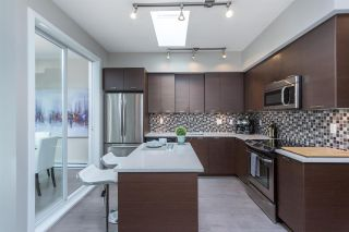 """Photo 6: PH1 4372 FRASER Street in Vancouver: Fraser VE Condo for sale in """"THE SHERIDAN"""" (Vancouver East)  : MLS®# R2082192"""