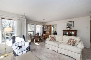 Photo 8: 203 9945 Fifth St in : Si Sidney North-East Condo for sale (Sidney)  : MLS®# 866433