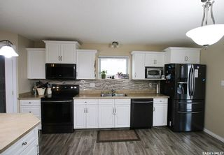 Photo 9: 104 2nd Avenue Southeast in Swift Current: South East SC Residential for sale : MLS®# SK755777