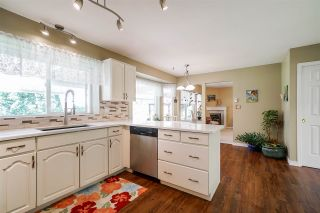 """Photo 15: 3225 138A Street in Surrey: Elgin Chantrell House for sale in """"Bayview Estates"""" (South Surrey White Rock)  : MLS®# R2565506"""