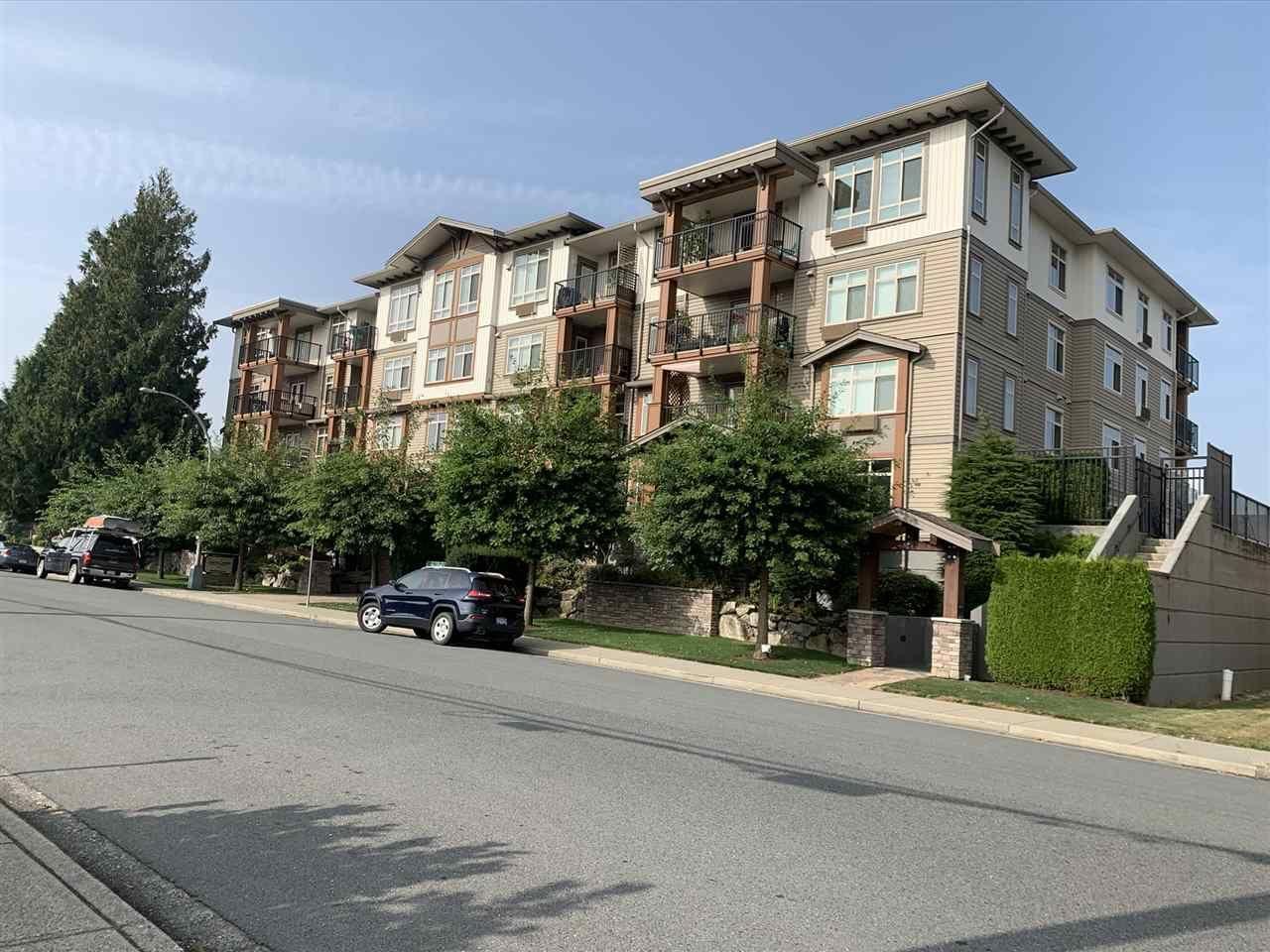 Main Photo: 407 45665 PATTEN Avenue in Chilliwack: Chilliwack W Young-Well Condo for sale : MLS®# R2502604