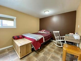 Photo 8: 427 Park Avenue in Outlook: Residential for sale : MLS®# SK866834