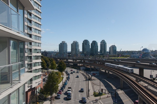 Photo 3: 806 689 Abbott Street in : Downtown Condo for sale (Vancouver West)  : MLS®# R2048660