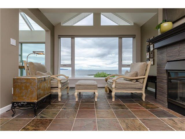 "Main Photo: 202 15165 MARINE Drive: White Rock Condo for sale in ""SEMIAHMOO SHORES"" (South Surrey White Rock)  : MLS®# F1443167"