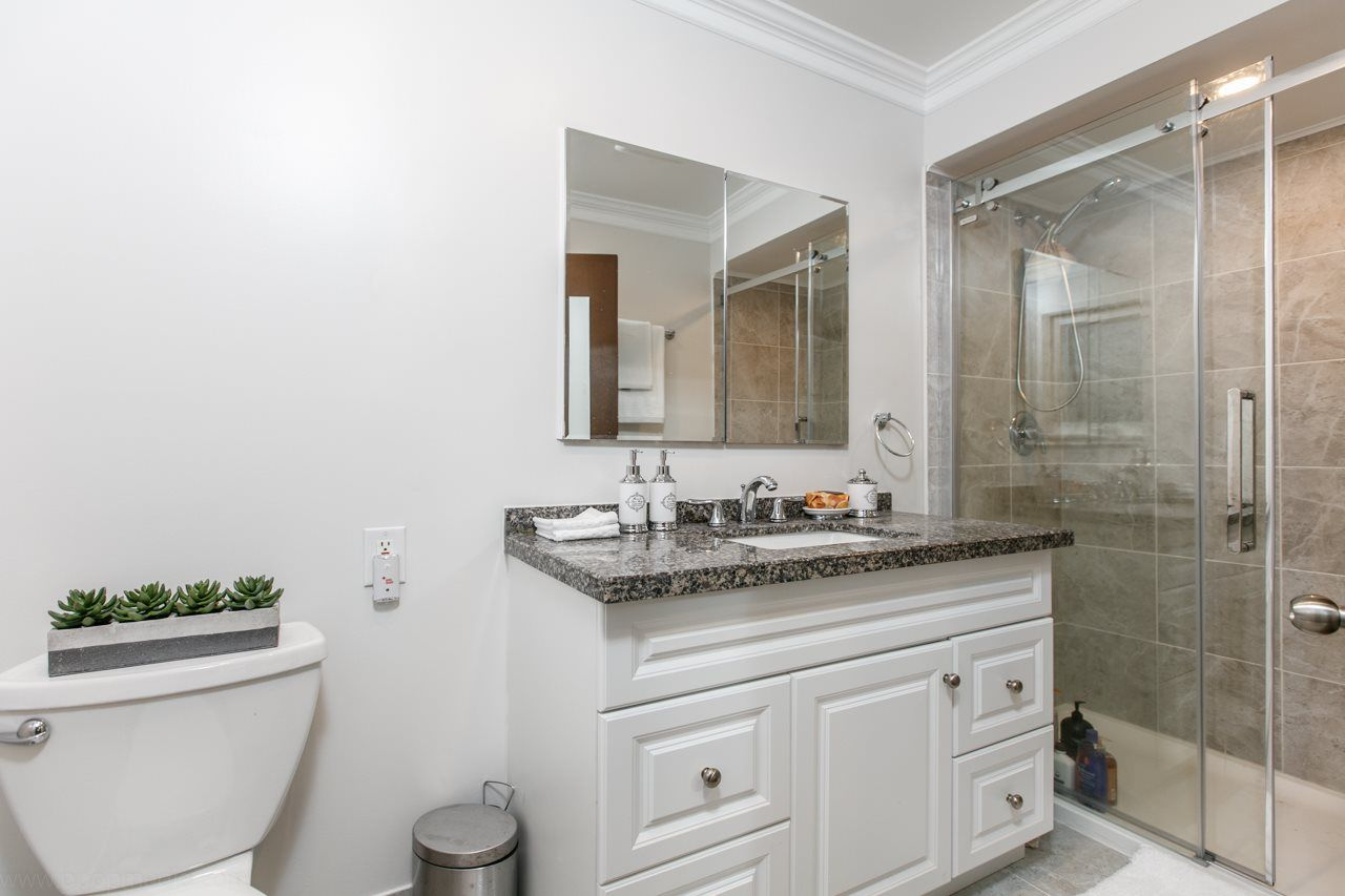 """Photo 9: Photos: 3168 E 63RD Avenue in Vancouver: Champlain Heights House for sale in """"CHAMPLAIN HEIGHTS"""" (Vancouver East)  : MLS®# R2027923"""