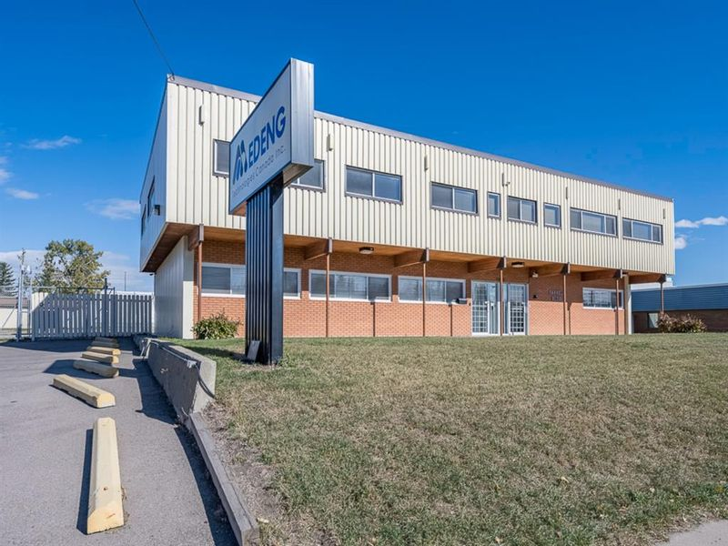 FEATURED LISTING: 7032 Farrell Road Southeast Calgary