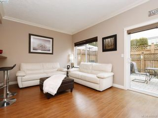 Photo 2: 981 Huckleberry Terr in VICTORIA: La Happy Valley House for sale (Langford)  : MLS®# 812862