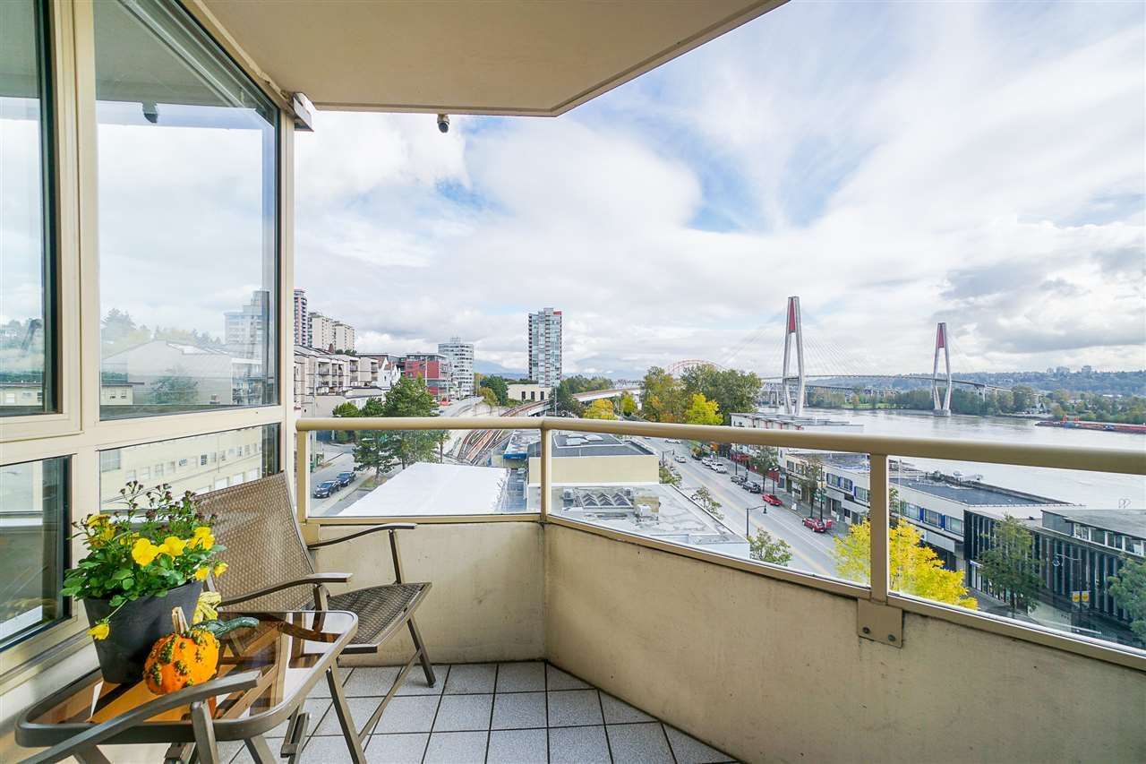 Main Photo: 501 328 CLARKSON STREET in New Westminster: Downtown NW Condo for sale : MLS®# R2519315
