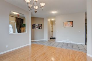 Photo 12: 250 Elmont Bay SW in Calgary: Springbank Hill Detached for sale : MLS®# A1119253