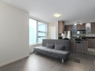 "Photo 8: 1505 977 MAINLAND Street in Vancouver: Yaletown Condo for sale in ""YALETOWN PARK 3"" (Vancouver West)  : MLS®# R2387511"