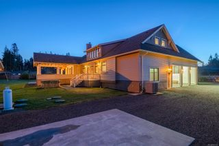 Photo 3: 3816 Stuart Pl in : CR Campbell River South House for sale (Campbell River)  : MLS®# 863307